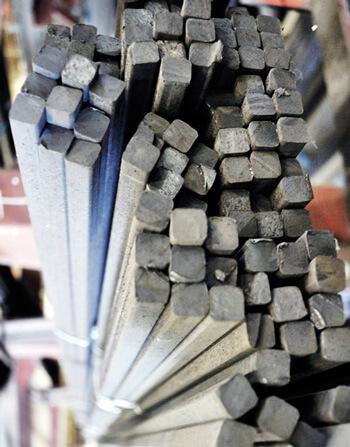Характеристики и классификация стального квадрата