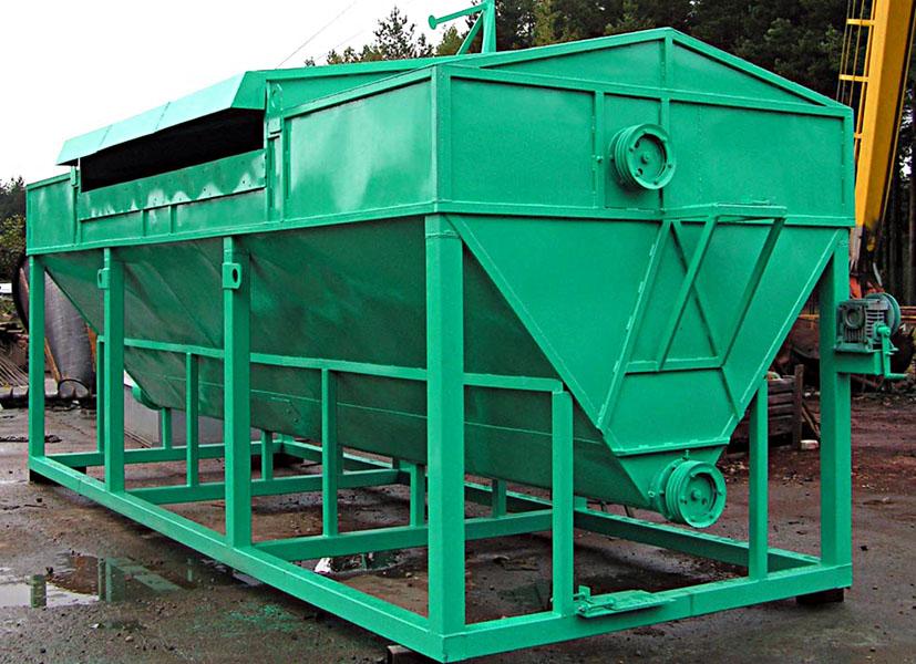 Металлический бункер для хранения строительных смесей