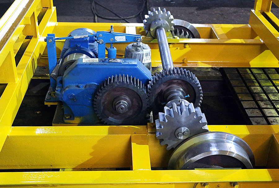 Тележка самоходная СМЖ-151- двигатель и привод